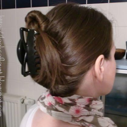 So sieht sie ungefähr aus - (Haare, Frisur, Haarspange)