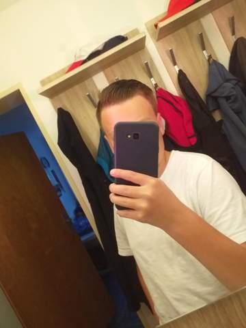 Sieht die Frisur gut aus?