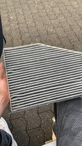 Sieht dieser Autofilter sauber aus oder lieber wechseln?