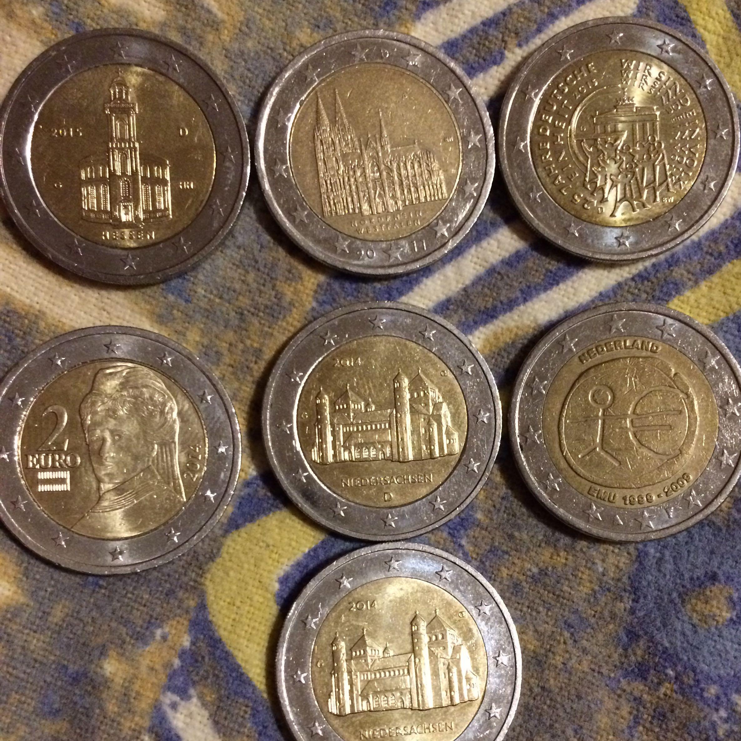 Sind Auf Dem Bild Zufällig Münzen Die Etwas Wert Sind Geld Euro