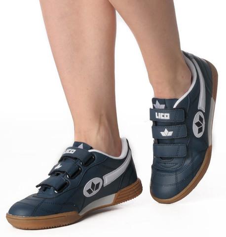 outlet store d4c05 3ef4f Sind das wirklich Schuhe für Kinder? (Schule, Sport, Eltern)