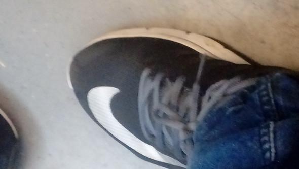 Sind die Schuhe echte nikes oder fake (120 euro oda so von Deichmann) - (Schuhe, Nike, Deichmann)