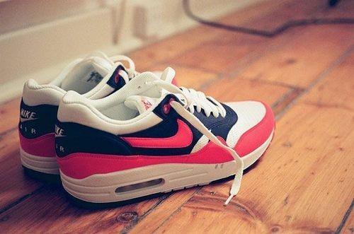 nike air max  - (Nike Air Max, Nike Free)