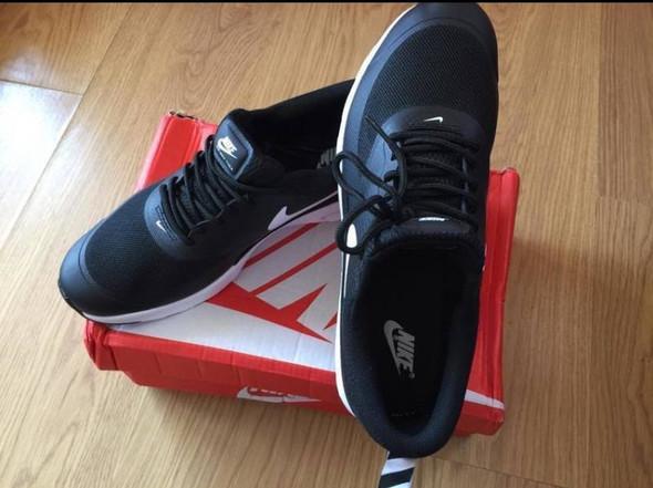 Bild 2 - (Schuhe, Nike, original)