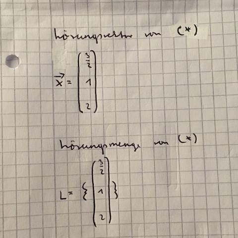 - (Mathe, Mathematik, Matrix)