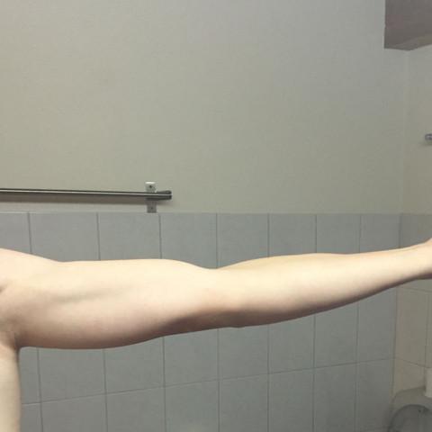 Ausgestreckt - (Körper, Muskeln, Arm)