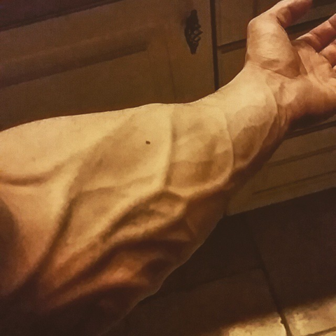 - (Männer, Muskeln, Ekel)