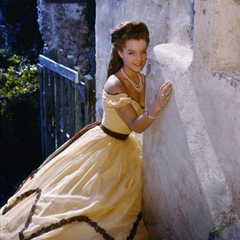 Bild 1 - (Film, Kleid, Kostüm)