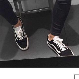Bild. - (Mode, Kleidung, Schuhe)