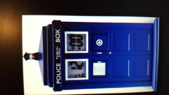 - (Wecker, Doctor Who, tardis)