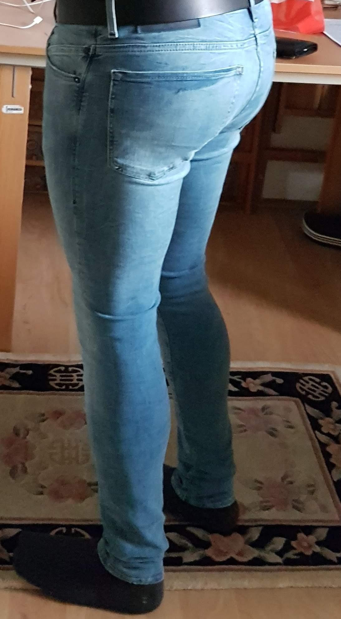 Sollte man als Junge eher enge oder weite Jeans tragen