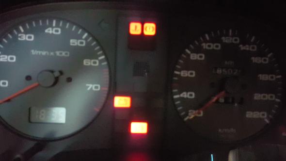 - (Auto, KFZ, Audi)