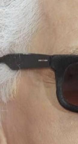- (Mode, Sonnenbrille)