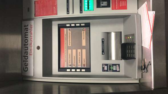 einzahlautomat sparkasse geld sofort auf konto bitcoin-handel auf robinhood