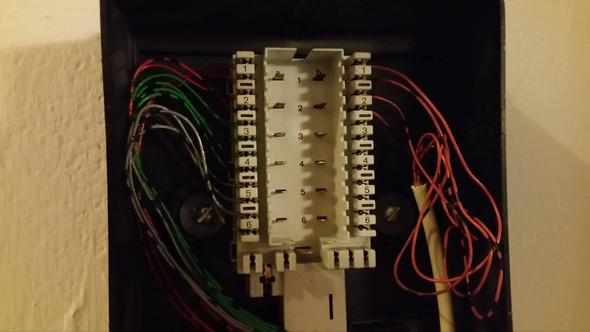 Speedport DSL LED blinkt nur nach Freischaltung, TAE falsch ...