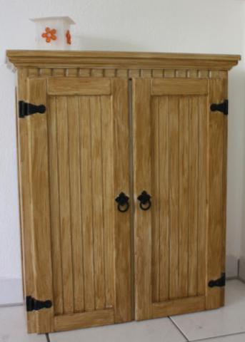 spiegel auf einen holzschrank aufkleben holz handwerker. Black Bedroom Furniture Sets. Home Design Ideas