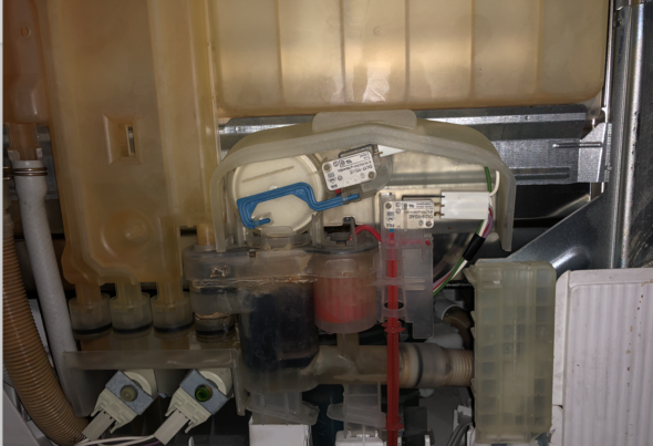 Sp lmaschine pumpt nicht ab siemens technik haushalt for Spulmaschine verstopft wasser steht