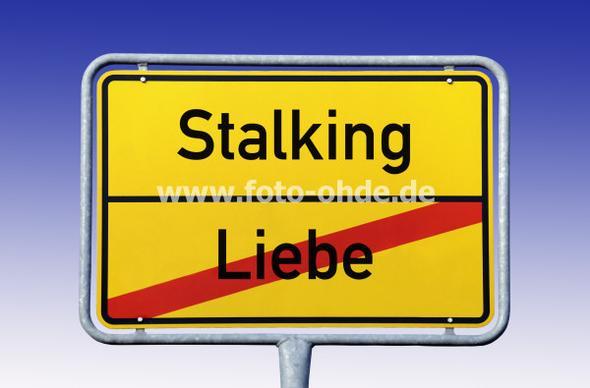 Stalking oder Liebe? - (Liebe, Freundschaft, Entscheidung)