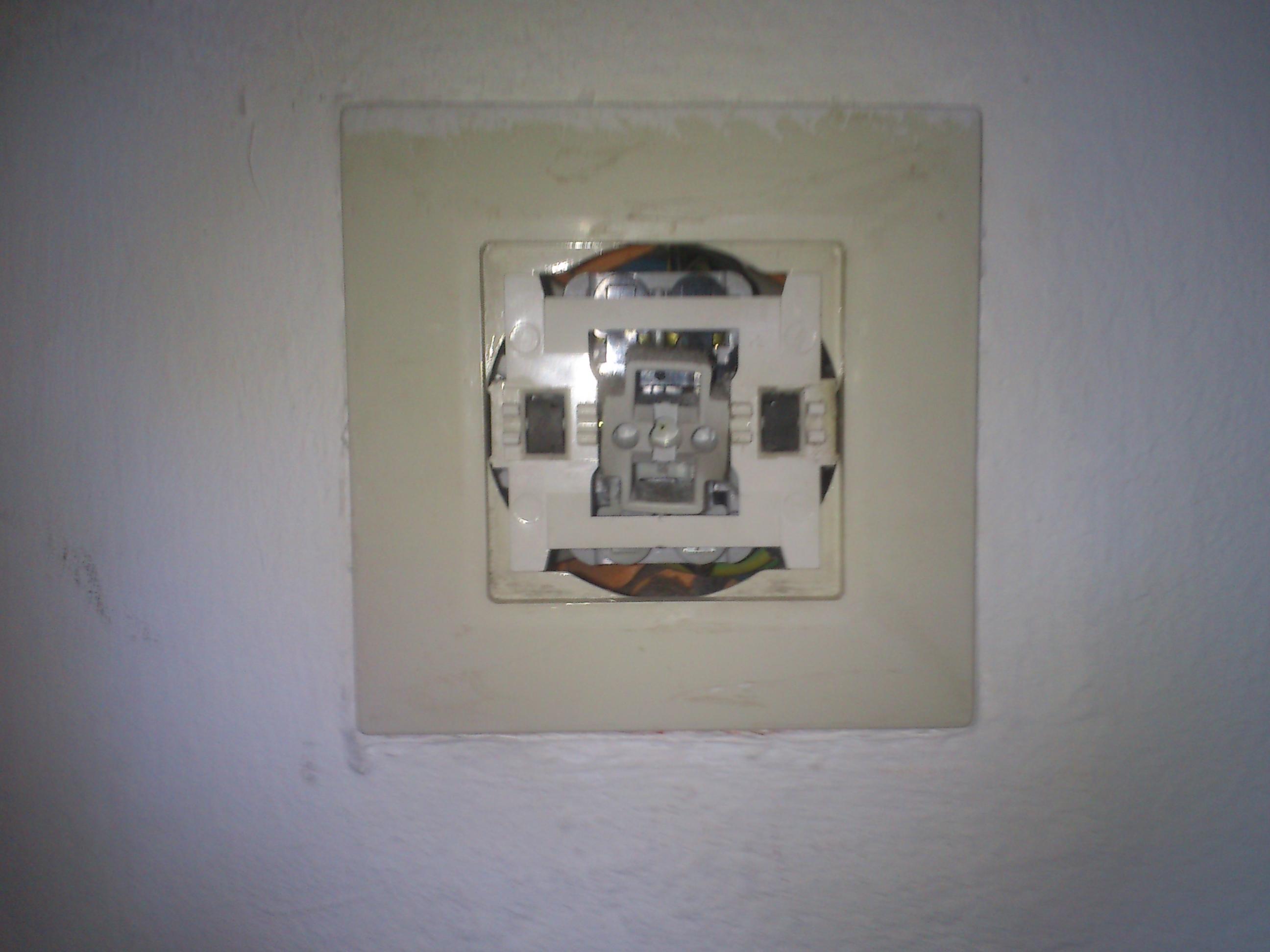 Steckdosen umbauen/erneuern? (Strom, Lichtschalter)