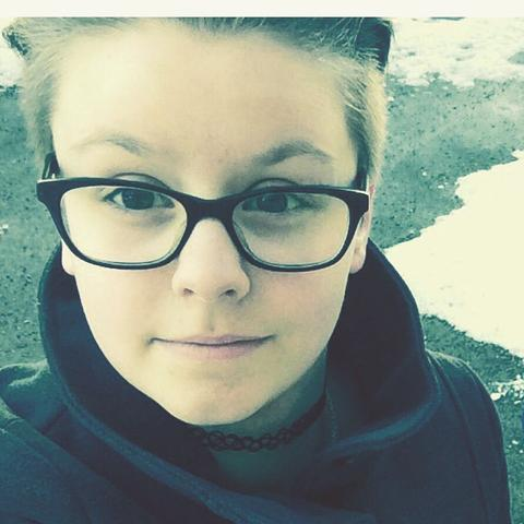 Stehen Jungs Auf Kurze Haare Mädchen Brille Undercut