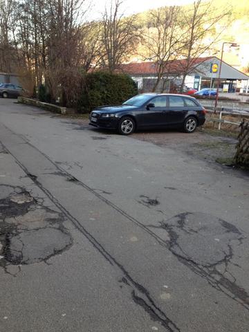 Bild 1 - (Parkplatz, stellplatz, Pflastersteine)