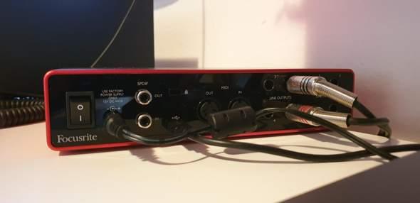 Stereo anlage an Focusrite Scarlett 8i6 anschließen?