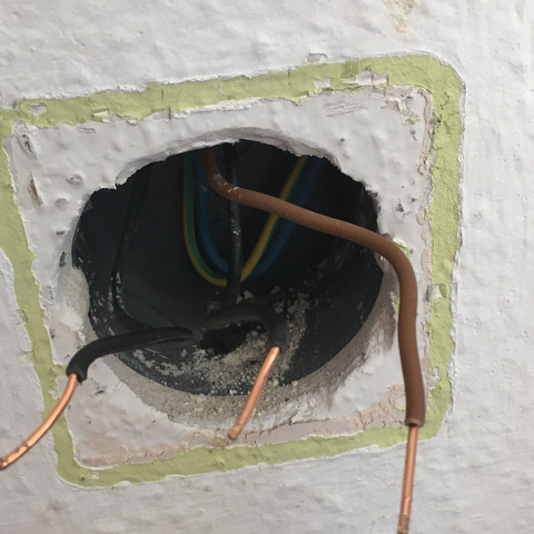 Strom? Welches Kabel? (Lichtschalter)