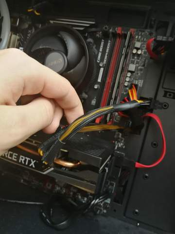 Stromanschluss Grafikkarte Fertig PC?