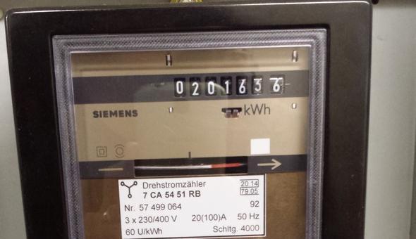 Stromzähler ohne Nachkommastelle oder rote Umrandung - (Strom, Stromverbrauch, Stromanbieter)