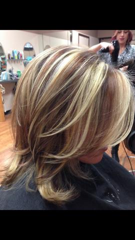 Stufige Haare Bei Dunkler Haarfarbe Frisur