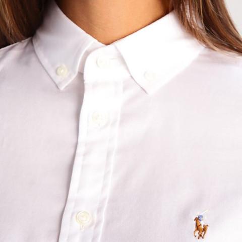 Bluse zugeknöpft  - (Mode, Kleidung, Klamotten)