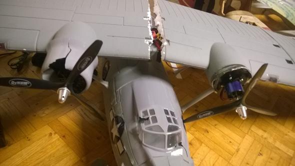 styropor kleben modellflugzeug flugzeug modellbau wasserschaden. Black Bedroom Furniture Sets. Home Design Ideas