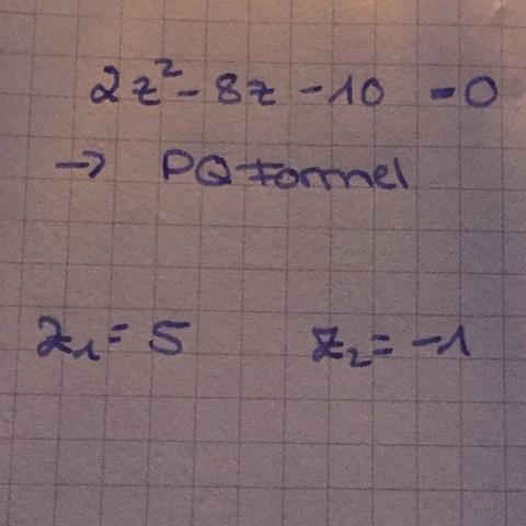 Per PQ Formel  - (Schule, Mathe, Mathematik)