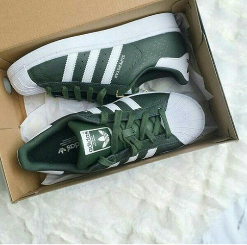 adidas superstars dunkel grün