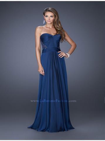 Kleid - (Online-Shop, Kleid)