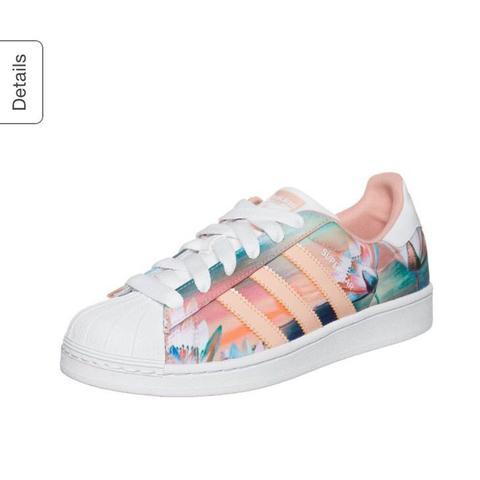 - (adidas, Superstar, Blumenmuster)