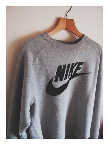 best service 4c374 9981f Suche diesen Nike Pullover in schwarz ? (Kleidung)
