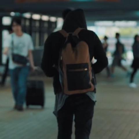 Die Schwarz/Braune Tasche - (Schule, Musik, Video)