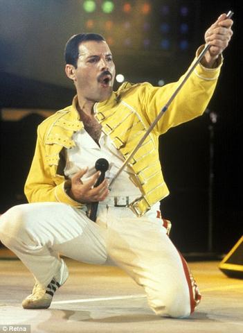 :-) - (Jacke, Freddie Mercury)