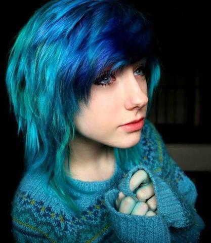 so wie da, auch blau - (Haare, Friseur, Scene)