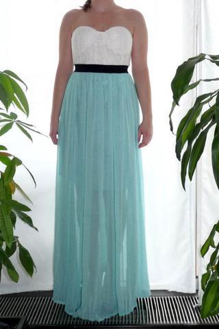 Wo bekomme ich so ein ähnliches Kleid? - (Kleid, Rock, weiss)