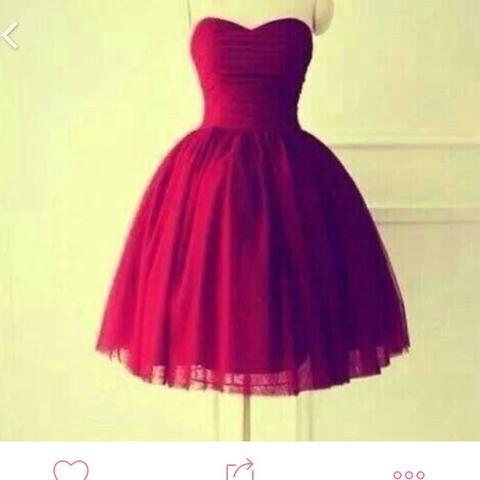 Suche nach diesem Kleid! Hilfeeee (Internet, rot, trägerlos)