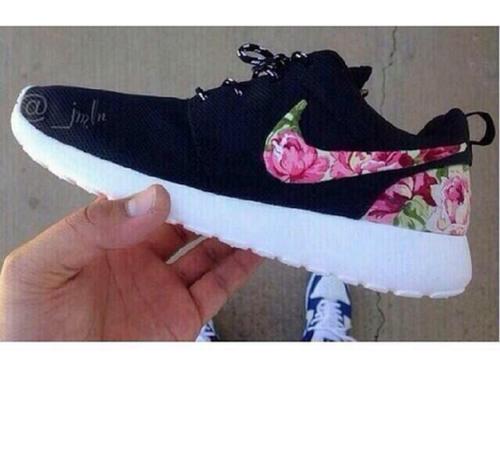 Nike Roshe Run Damen Blumen Kaufen