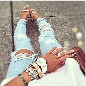 suche schon lange zerrissene jeans beauty mode. Black Bedroom Furniture Sets. Home Design Ideas