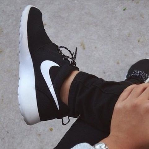 Nike Schuhe Damen Schwarz