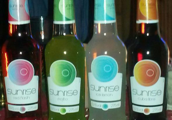 Sunrise Cocktails mit 16? (Alkohol, Cocktail, Jugendschutzgesetz)