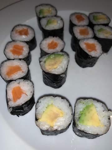 Sushi noch gut? Avocado fleckig?