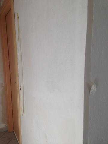Ecke tapezieren, Türkise Tapete zur weißen Tapete - (Haus, streichen, renovieren)