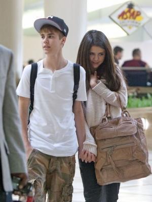 diese tasche - (Tasche, Selena Gomez)