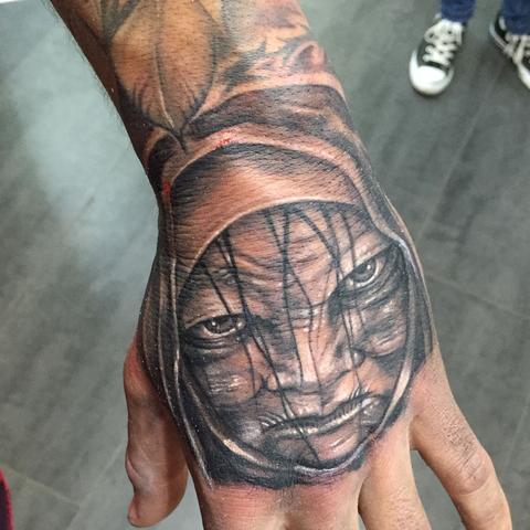 tattoo handr cken